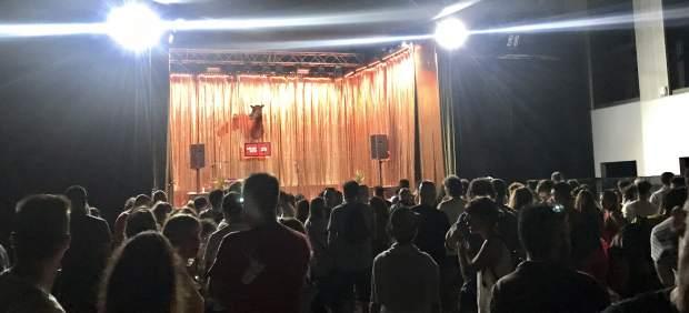 Concentración espontánea por Valtonyc en el Festival Sónar