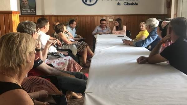 El Presidente Del PP De Huelva, Manuel Andrés González, En Una Reunión