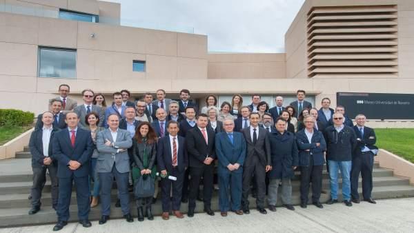 Miembros de la Cátedra de Empresa y responsables de los proyectos