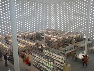 BIBLIOTECA UMIMIRAI (KANAZAWA, JAPÓN)