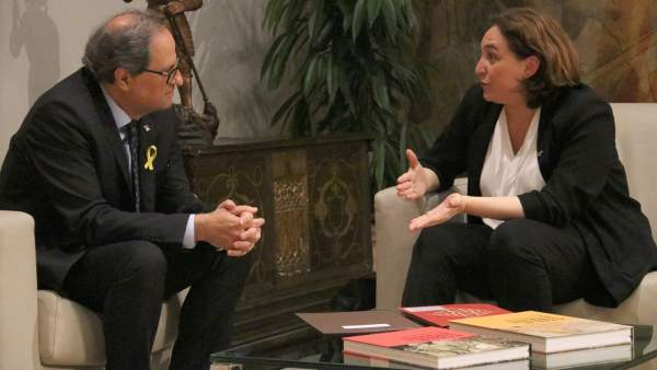 La alcaldesa de Barcelona, Ada Colau, reunida con el presidente de la Generalitat, Quim Torra.