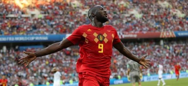 Romelu Lukaku celebra uno de sus goles frente a Panamá.
