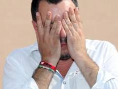 """Polémica por la frase xenófoba de Salvini: """"Desgraciadamente, a los gitanos italianos te los tienes que quedar"""""""
