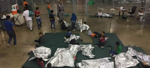 Un agente de fronteras de EE UU se burla del llanto de niños inmigrantes: