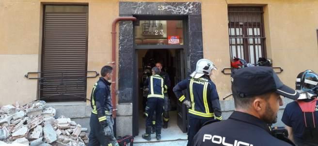 Imagen del edificio de Chamberí donde se han derrumbado las pasaleras