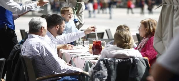 El PP de Calvià plantea rebajar un 50% las tasas de terrazas como medida para ayudar a pequeños ...