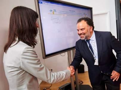 El presidente de News Media Europe impulsa con la Comisión Europea la igualdad entre hombres y mujeres en los medios