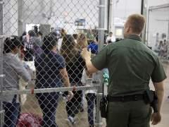 """México califica de """"cruel e inhumana"""" la política de EE UU de separar a niños inmigrantes de sus padres"""