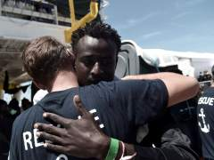 "Italia abandona otro barco de migrantes en el mar: ""Llevaros vuestra carga humana a Gibraltar, España o Francia"""