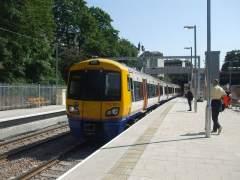 Muere un joven español de 19 años arrollado por un tren en Londres