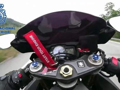 Detenido un motorista al colgar en Instagram una foto a 250 km/h.