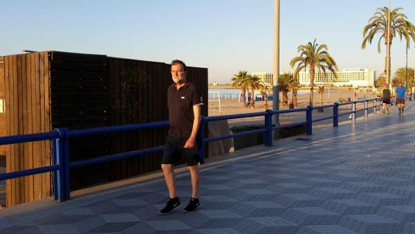 Así es la nueva vida de Rajoy en Santa Pola: 15.000 euros mensuales, sin escolta y viviendo en un hotel