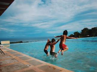 Derechos y obligaciones en las piscinas públicas: ¿en qué casos puedo reclamar?