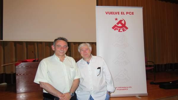 Enrique Santiago junto a Antonio Quirce del PCE