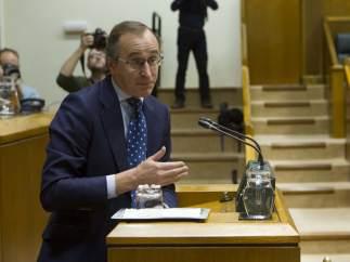 Alfonso Alonso, presidente del PP vasco, en el Parlamento