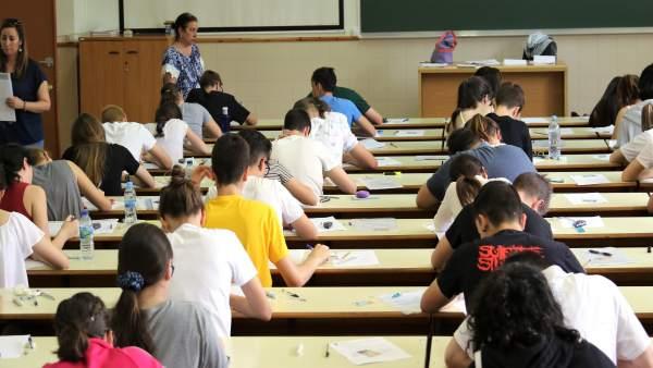 Calendario Examenes Unican Derecho.El 93 22 De Estudiantes Presentados Ha Superado La Prueba