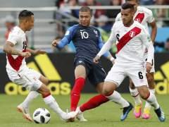 Mbappé ante Perú