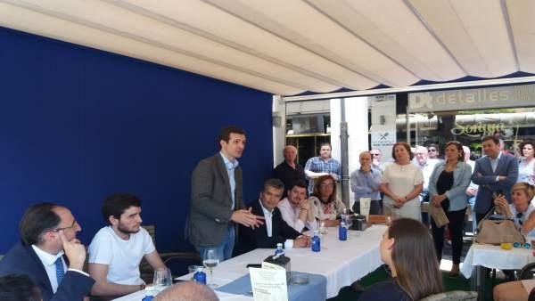 Casado presenta su proyecto a los militantes palentinos, 21-6-18