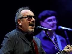 Elvis Costello, más ecléctico que nunca en las Noches del Botánico