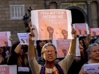 Últimas noticias sobre La Manada | Directo: la Fiscalía de Navarra recurrirá la puesta en libertad