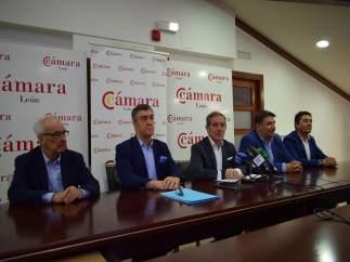 Miembros de la única candidatura a la Cámara de León.