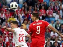 Suiza remonta a Serbia en los minutos finales y revoluciona el grupo E