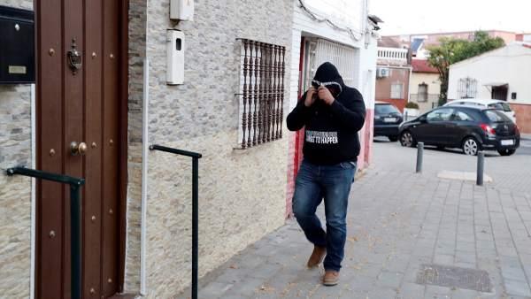 El Prenda celebra la libertad en su domicilio de Sevilla