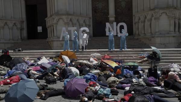 Recrean la evacuación de Cuenca ante amenaza nuclear