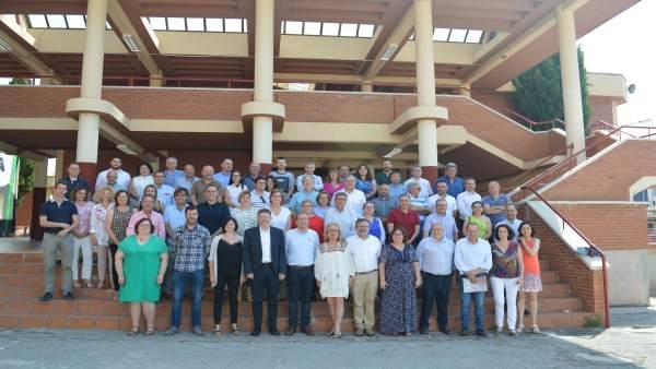 Puig con alcaldes en un acto del PSPV-PSOE en Torreblanca