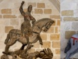 Un San Jorge convertido en muñeco