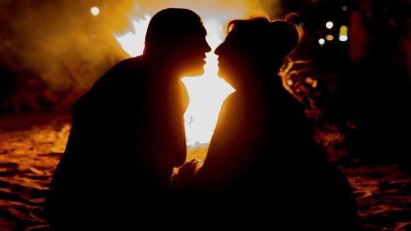 Haz Estas 36 Preguntas Para Enamorar A Alguien