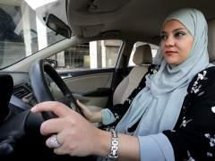 Día histórico en Arabia Saudí: por primera vez, las mujeres pueden conducir