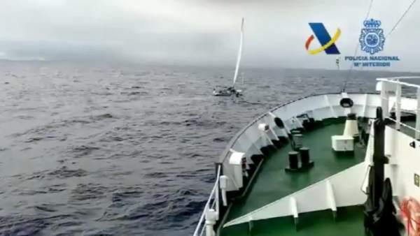 Interceptan un velero con 1.850 kilos de cocaína
