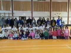 La delegada de Educación visita a los campeones de bádminton