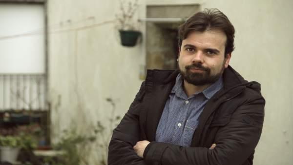 El escritor y periodista Alberto Ramos