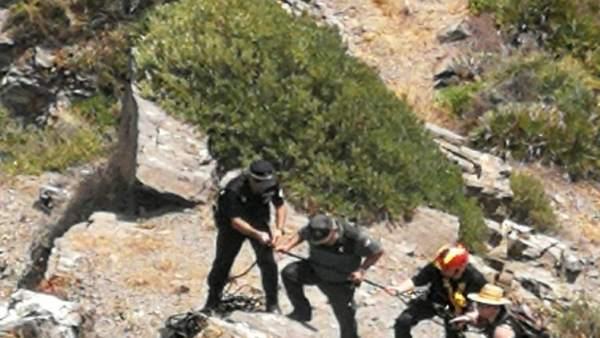 Rescate de un turista en Almuñécar (Granada)