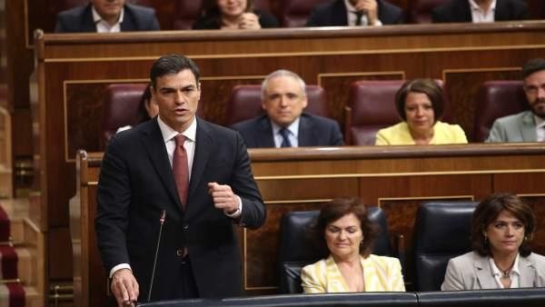 Pedro Sánchez en la sesión de control al Gobierno en el Congreso