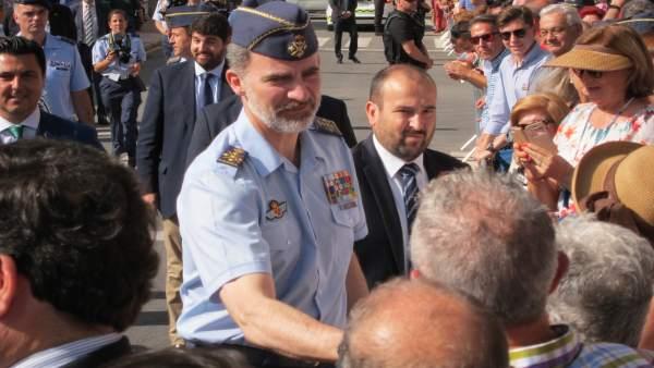 Su Majestad el Rey Don Felipe a la llegada a San Javier