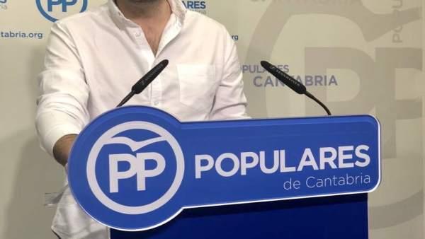 ÞÁlvaro Aguirre, candidato a presidir NNGG Cantabria
