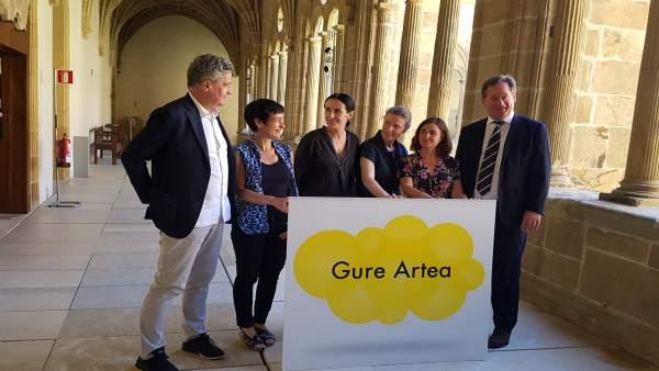 Lectura del fallo de los premios Gure Artea.