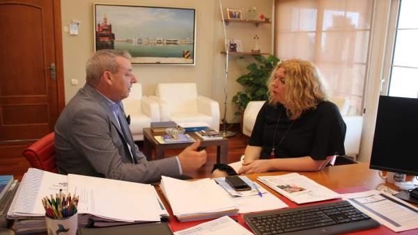 El presidente de la Autoridad Portuaria de Motril y la alcaldesa del municipio