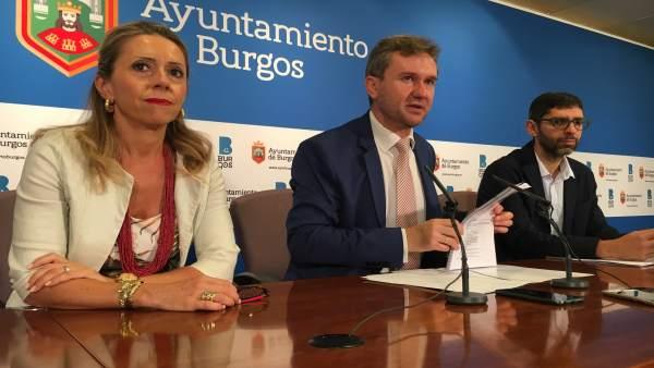 Ana Bernabé y Javier Lacalle.