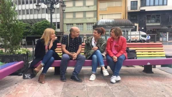 El equipo de gobierno premio tri ngulo rosa 2018 por los for Hora de escape oviedo