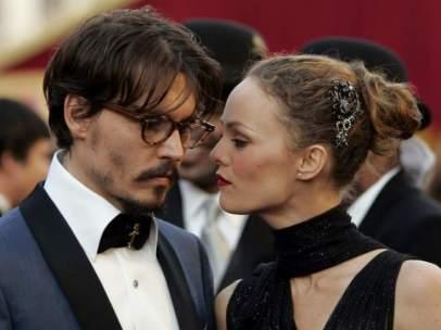 El hijo de Johnny Depp y Vanessa Paridis padece serios problemas de salud