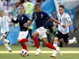 Mbappe héroe en el Francia Argentina