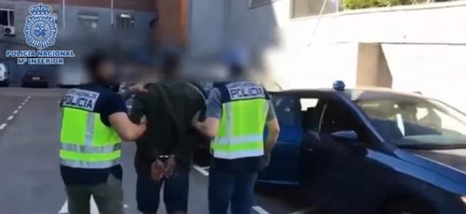 Detenido por quemar contenedores en Madrid