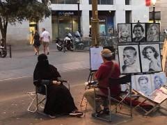 Foto viral de mujer en niqab retratada