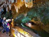 Inspeccionando la cueva