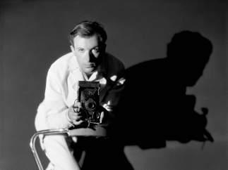 Autorretrato de Cecil Beaton realizado en 1930