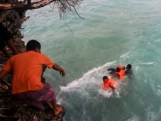 Naufragio en Indonesia